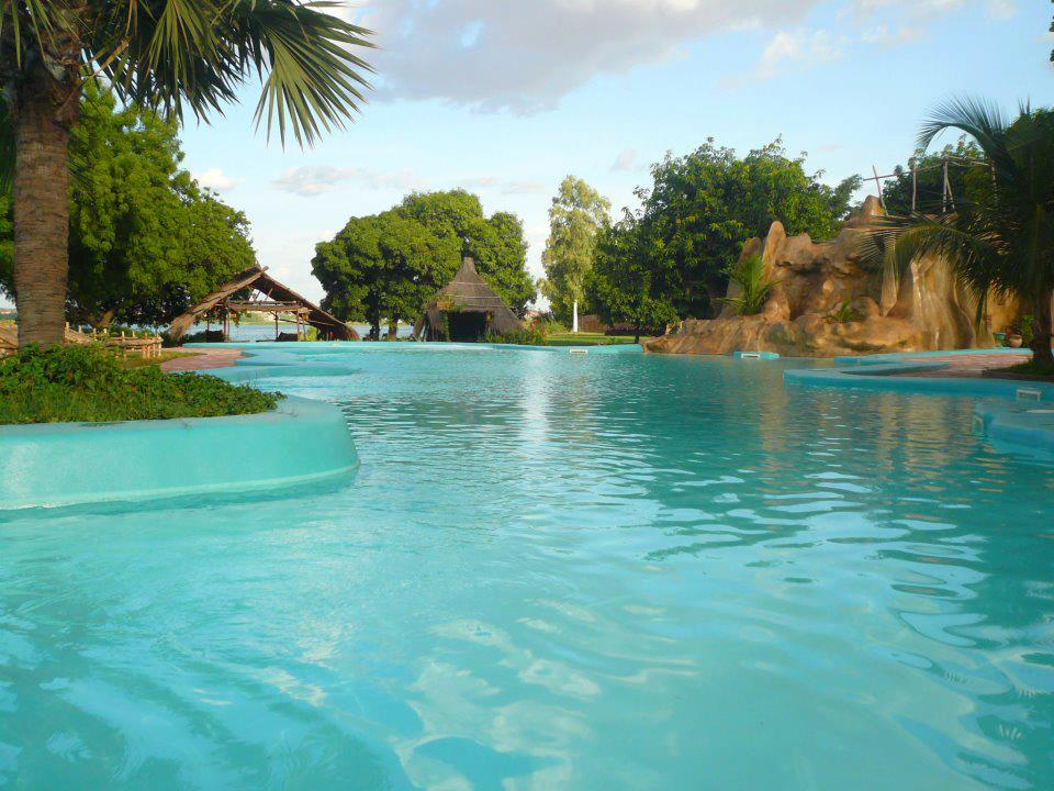 The BadaLodge swimming pool - Bamako