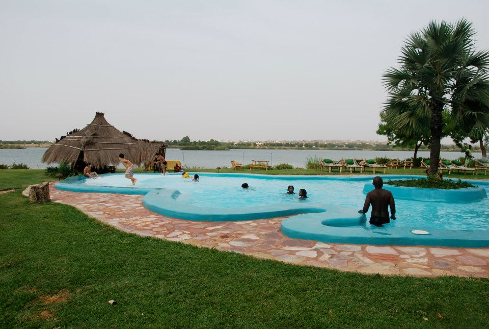 View on the Niger river from the BadaLodge swimming pool - Bamako