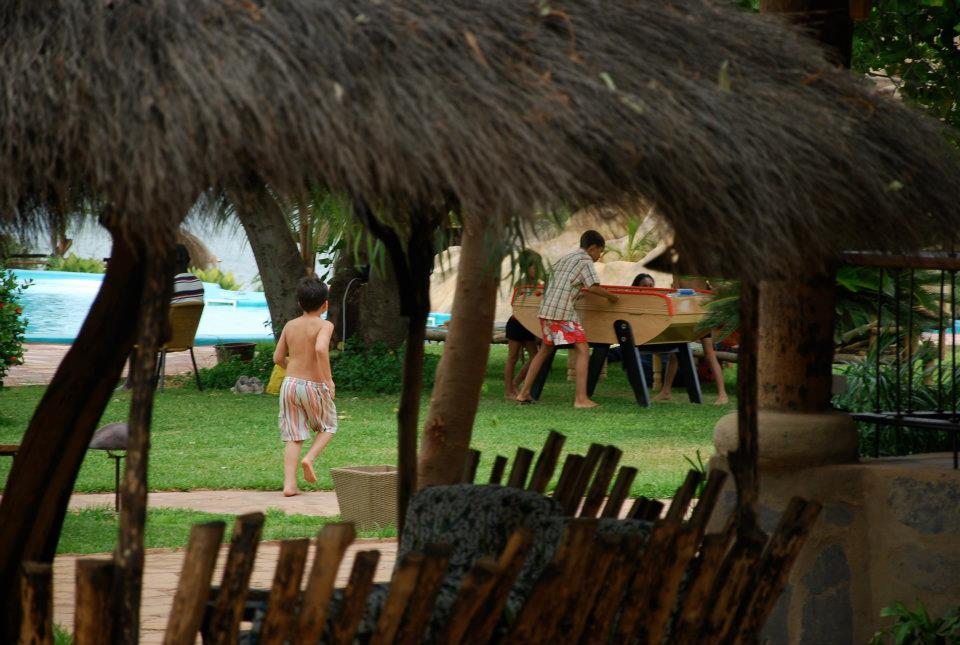 Family fun at the BadaLodge - Bamako
