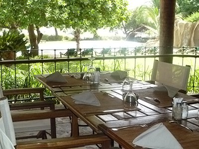 Terrace of the Badalodge restaurant - Bamako